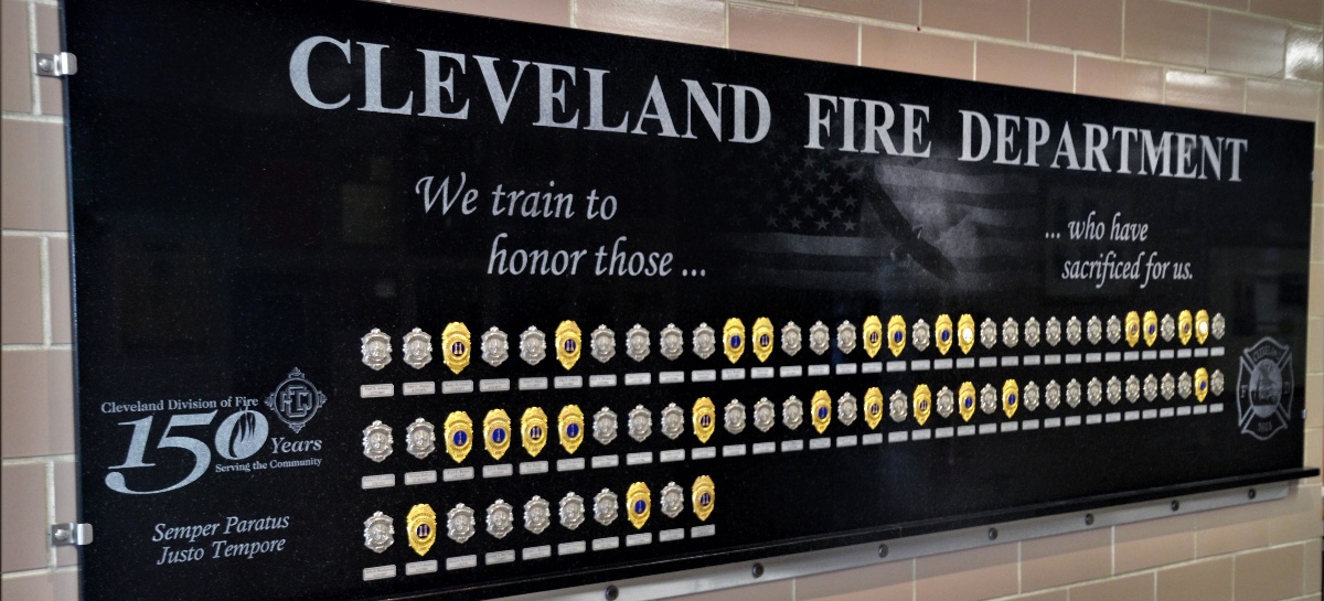 Cleveland-Fire-Training-Plaque-and-engravings
